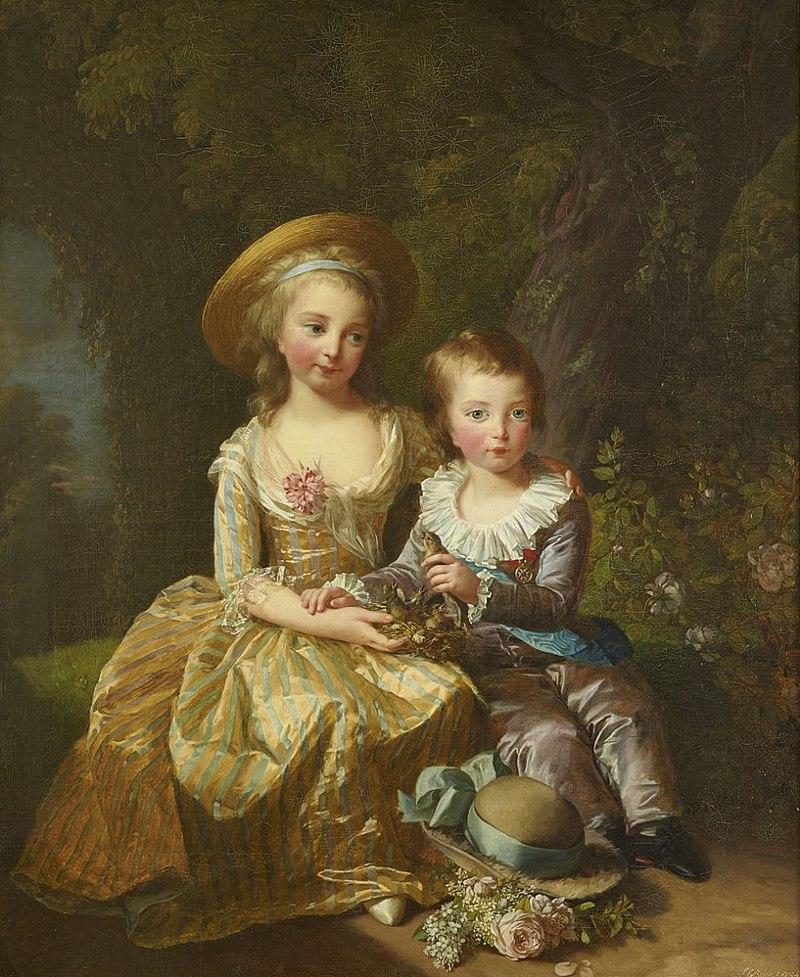 Юная «Мадам Рояль» с братом.
