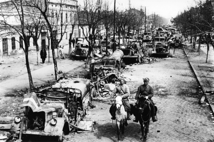 Обстановка в послевоенной Одессе была одной из самых неблагоприятных./Фото: encrypted-tbn0.gstatic.com